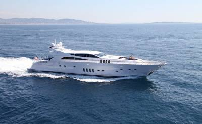 Affitto stagionale Yacht Saint-Tropez