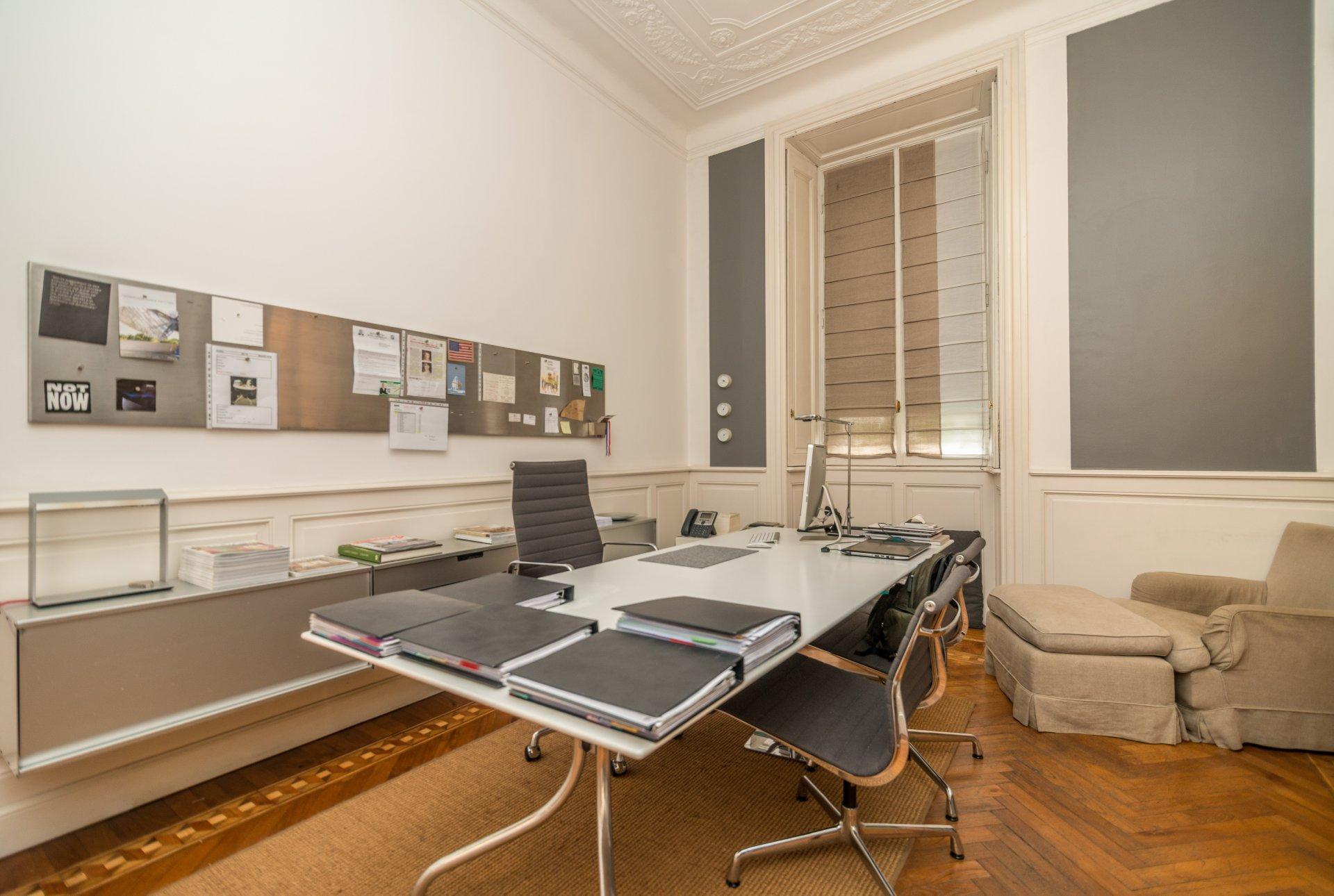 Annuncio affitto ufficio milano 20100 5 camere ref l0741mi for Affitto ufficio roma trieste salario