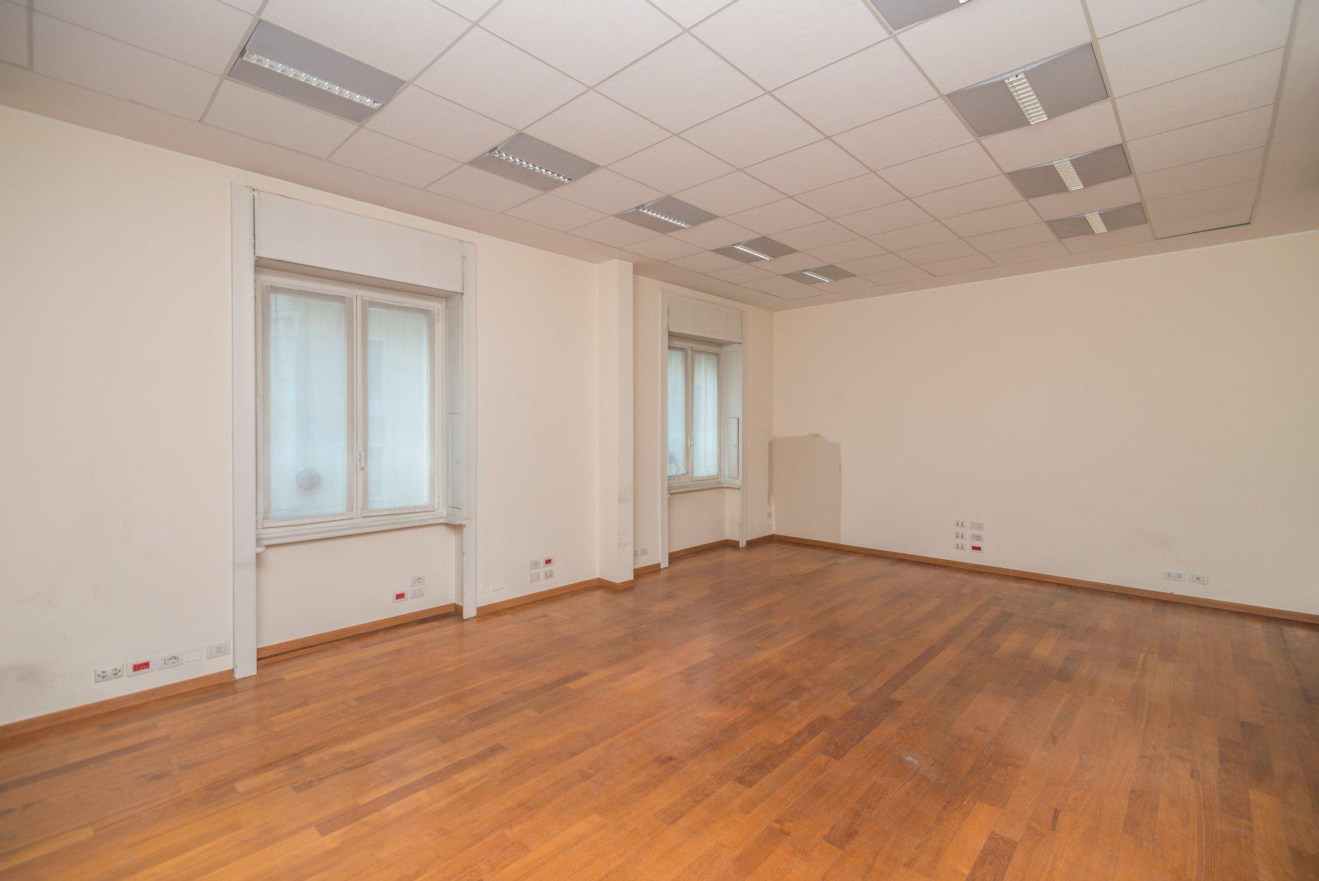 Annuncio affitto ufficio milano porta venezia 20100 for Affitto ufficio