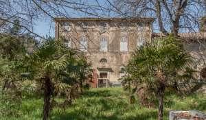 Vendita Castello Bonnieux